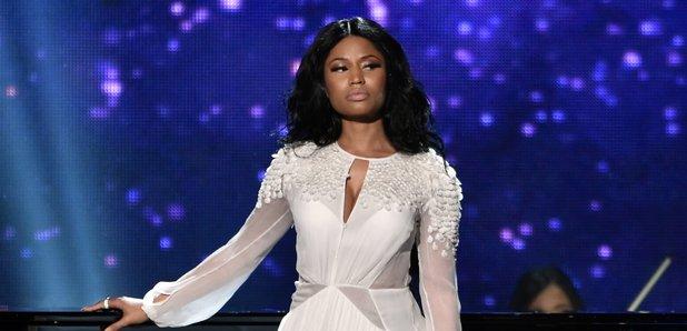 Nicki Minaj on stage American Music Awards 2014
