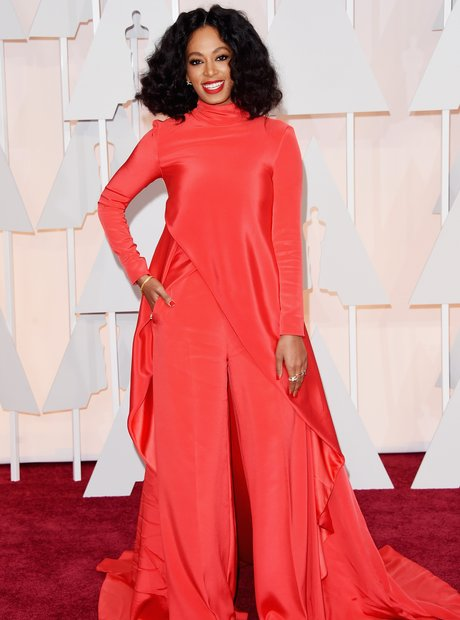 Solange Knowles arrives at the Oscars 2015