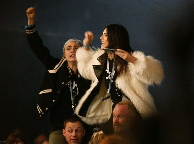 Cara Delevingne and Kendall Jenner Glastonbury 201