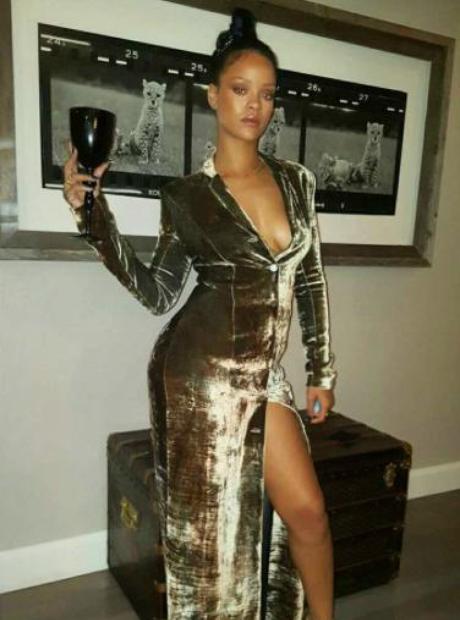 Rihanna Thanksgiving