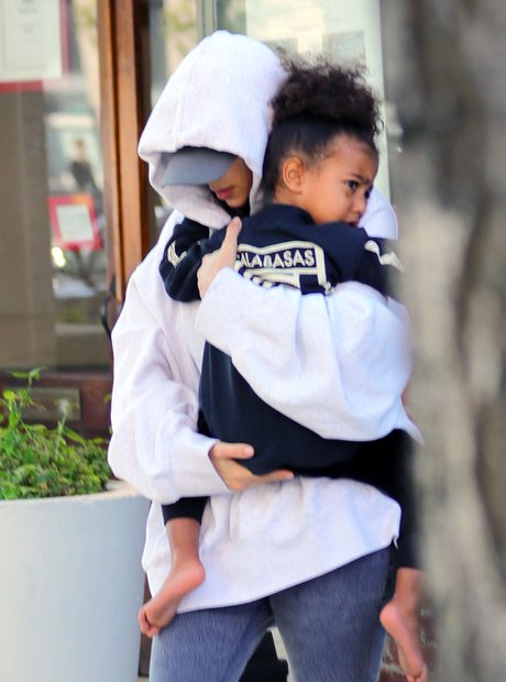 Kim Kardashian West with North West
