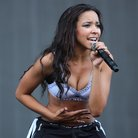 Tinashe Performing On Stage